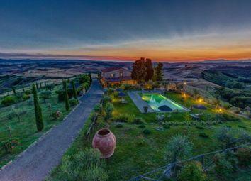 Thumbnail Farmhouse for sale in San Gimignano, San Gimignano, Siena