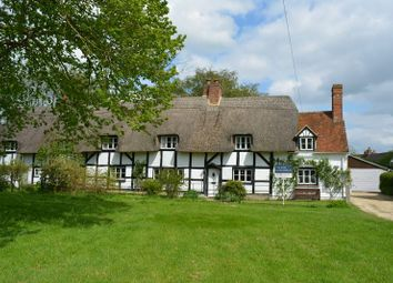 Thumbnail 5 bed cottage for sale in The Green, East Hanney, Wantage