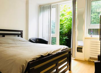 Thumbnail Room to rent in Brion Place, Poplar