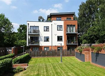 Thumbnail 3 bed flat to rent in Station Approach, Woodside Park, London