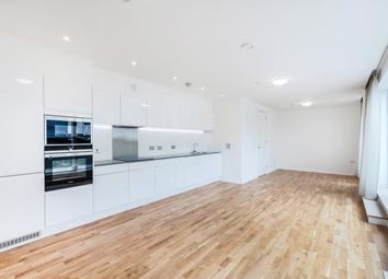 Thumbnail 4 bed flat to rent in Cudweed Court, 2 Watergate Walk