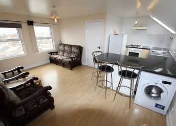 Thumbnail 2 bed flat to rent in Bramshot Avenue, London