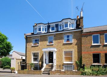 Thumbnail 1 bed flat to rent in Princes Road, Richmond