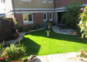 Thumbnail 1 bed flat for sale in Ross Road, Maidenhead