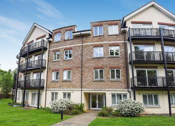 Thumbnail 2 bed flat for sale in Princes Way, Southfields, London