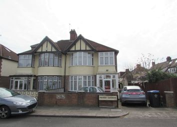 Thumbnail Room to rent in Medway Gardens, Wembley