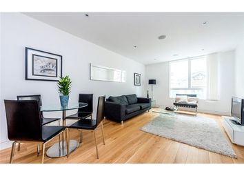 Thumbnail 1 bed flat to rent in Leonard Street, Shoreditch, London