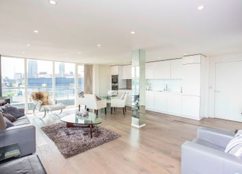 Thumbnail 3 bed flat to rent in Central Street, London