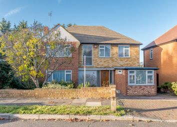 Thumbnail 4 bed detached house to rent in Kenelm Close, Harrow, Middlesex