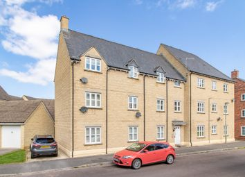 Thumbnail 2 bed flat to rent in Sherbourne House, Carterton, Oxfordshire