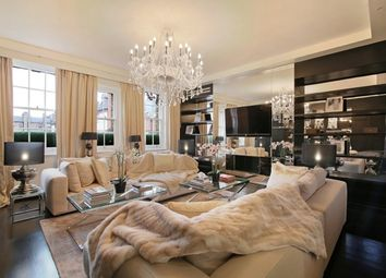 2 bed flat for sale in Dunraven Street, London W1K
