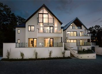 Thumbnail 3 bed flat for sale in South Park Crescent, Gerrards Cross, Buckinghamshire