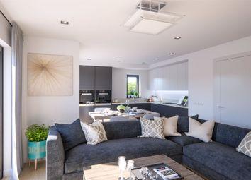 2 bed flat for sale in Harmans House, Broad Lane, Bracknell, Berkshire RG12