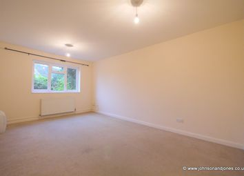 Thumbnail 1 bed flat to rent in Parvis Road, West Byfleet