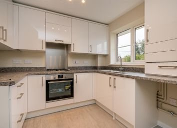 Thumbnail 2 bed flat for sale in Bellingdon Road, Chesham