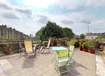 Thumbnail 2 bedroom flat to rent in Fairhazel Gardens, South Hampstead