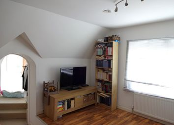 Thumbnail Studio to rent in Park Lane, Croydon