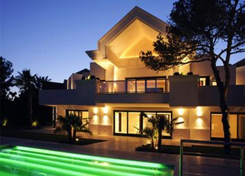 Thumbnail 5 bed villa for sale in Sierra Blanca, Marbella Golden Mile, Marbella