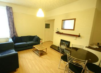 Thumbnail 3 bed flat to rent in 54Pppw - Wingrove Avenue, Fenham