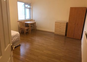 Thumbnail Room to rent in Wood Street, London, Waltham Forest