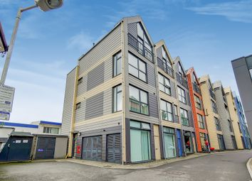 Thumbnail 2 bed flat for sale in Willow House, Brockley