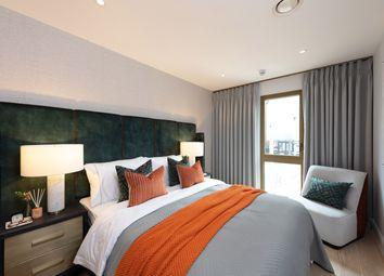 Thumbnail 2 bedroom flat for sale in Lionel Road South, Kew Bridge