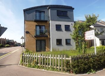 Thumbnail 1 bed flat to rent in Great Road, Hemel Hempstead Industrial Estate, Hemel Hempstead