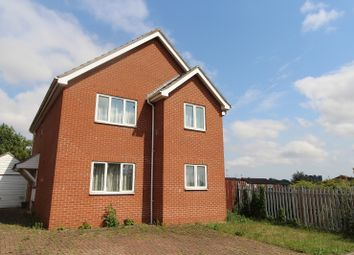 Thumbnail 6 bed flat to rent in Berriman Close, Colchester