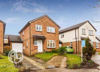 Thumbnail 4 bed detached house for sale in Swift Close, Letchworth
