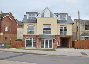 Thumbnail 2 bed flat to rent in Botley Road, Park Gate