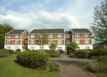 Thumbnail 1 bed flat to rent in St. Lukes Square, Guildford