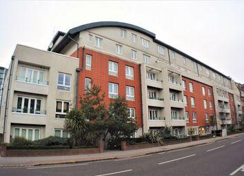 Thumbnail 3 bedroom flat to rent in Park Lane, Croydon