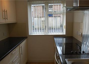 Thumbnail 1 bed flat to rent in Appleford Drive, Abingdon, Oxfordshire
