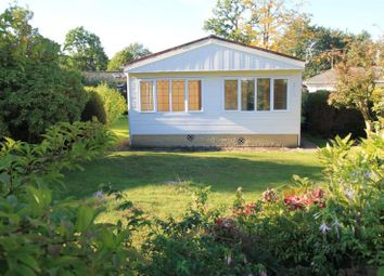 Thumbnail 2 bedroom mobile/park home for sale in Wellingtonias, Warfield Park, Bracknell