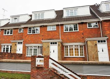 Thumbnail 2 bedroom flat for sale in Fairlawns, Watford