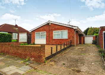 Thumbnail 2 bedroom detached bungalow for sale in Wadhurst Avenue, Luton