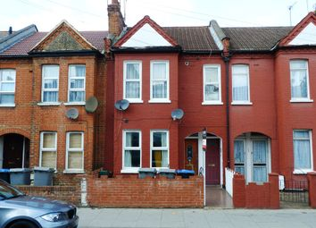 Thumbnail 2 bedroom flat for sale in Chapter Road, London