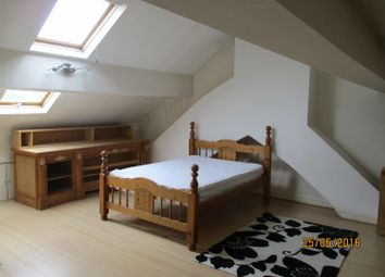Thumbnail 3 bedroom flat to rent in Woolton Road, Childwall, Liverpool