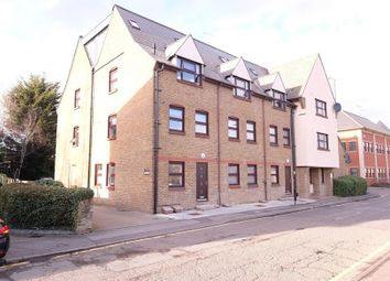Thumbnail Flat to rent in Glebe Road, Chelmsford