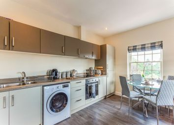 2 bed flat for sale in High Street, Bawtry, Doncaster DN10