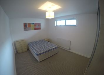 Thumbnail 3 bedroom shared accommodation to rent in Varcoe Road, Tower Bridge