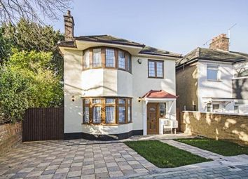 5 bed detached house to rent in Hillcourt Avenue, London N12