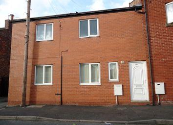 Thumbnail 2 bedroom flat to rent in Gidlow Lane, Springfield, Wigan