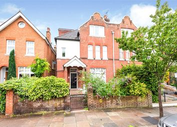 Holmbush Road, London SW15. 2 bed flat for sale