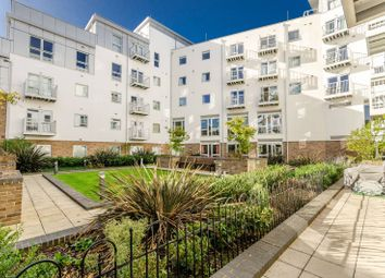 2 bed flat for sale in Station View, Guildford GU1