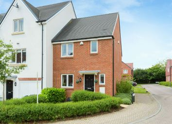 Thumbnail 3 bed terraced house for sale in Linnet Avenue, Amersham