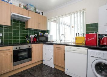 Thumbnail 3 bed flat to rent in Beech Road, St.Albans