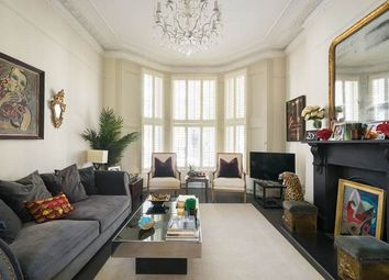 Thumbnail 2 bed flat for sale in Chesterton Road, London