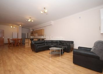 2 bed maisonette to rent in Tollington Way, Holloway N7