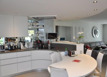 Thumbnail 4 bed property for sale in Geneva, Switzerland